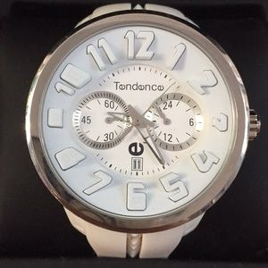 White Tendence men's watch in MINT condition!!